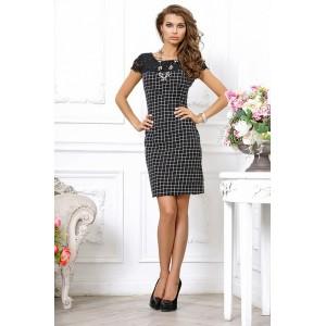 Черное строгое платье в клетку с кружевом в виде накидки, длиной чуть выше колена арт 3L8917-A1.