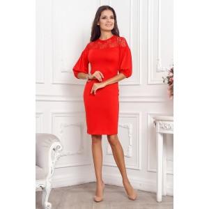 Элегантное платье красного цвета, сочитает ткань из  разных фактур арт 21049.