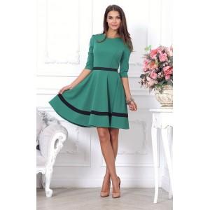 Зеленое платье с пышной юбкой, длиной выше колена арт 26934.