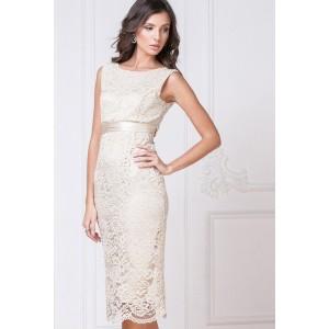 Бежевое платье-футляр с отделкой кружевом арт. 5142